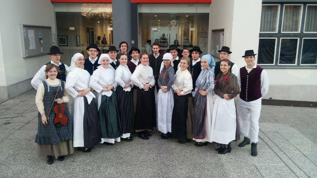 Mladinska folklorna skupina Mengeš