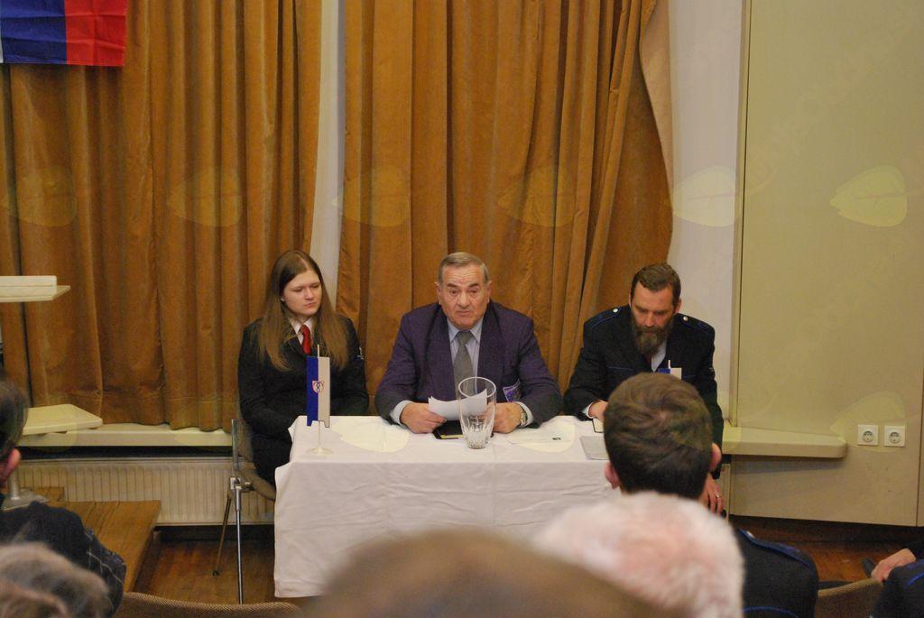 Delovno predsedstvo letošnjega občnega zbora, ki ga je uspešno povezoval godbenik in zdaj veteran Marjan Trobec.