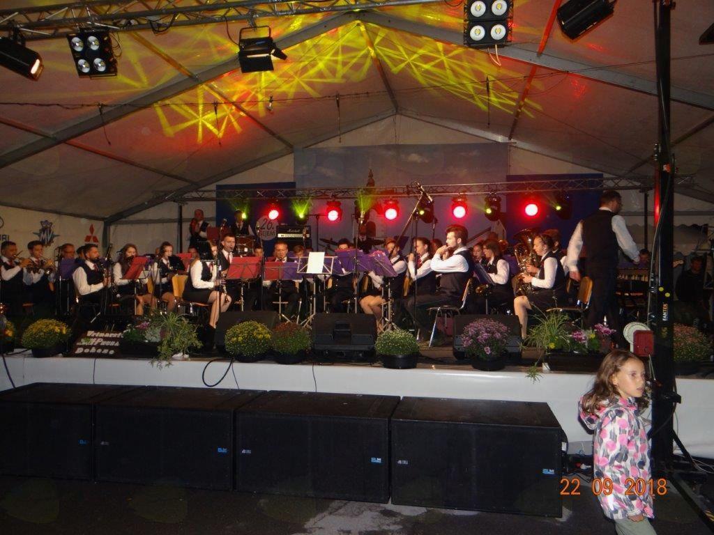 Večerni spektakel na 26. Sejmu v Mengšu. Foto: Miha Požar