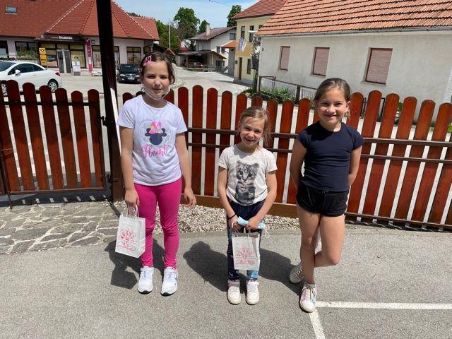 Najboljše - drugošolka Nina(107), prvošolka Neža(101), tretješolka Hana(236)