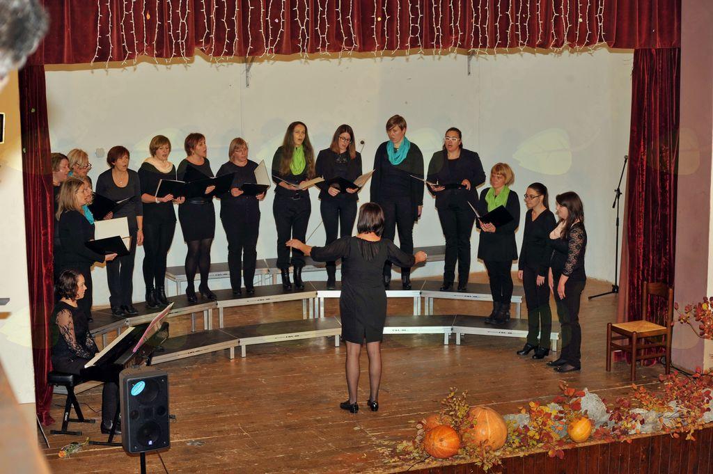 Vokalna skupina Glas iz Bilj