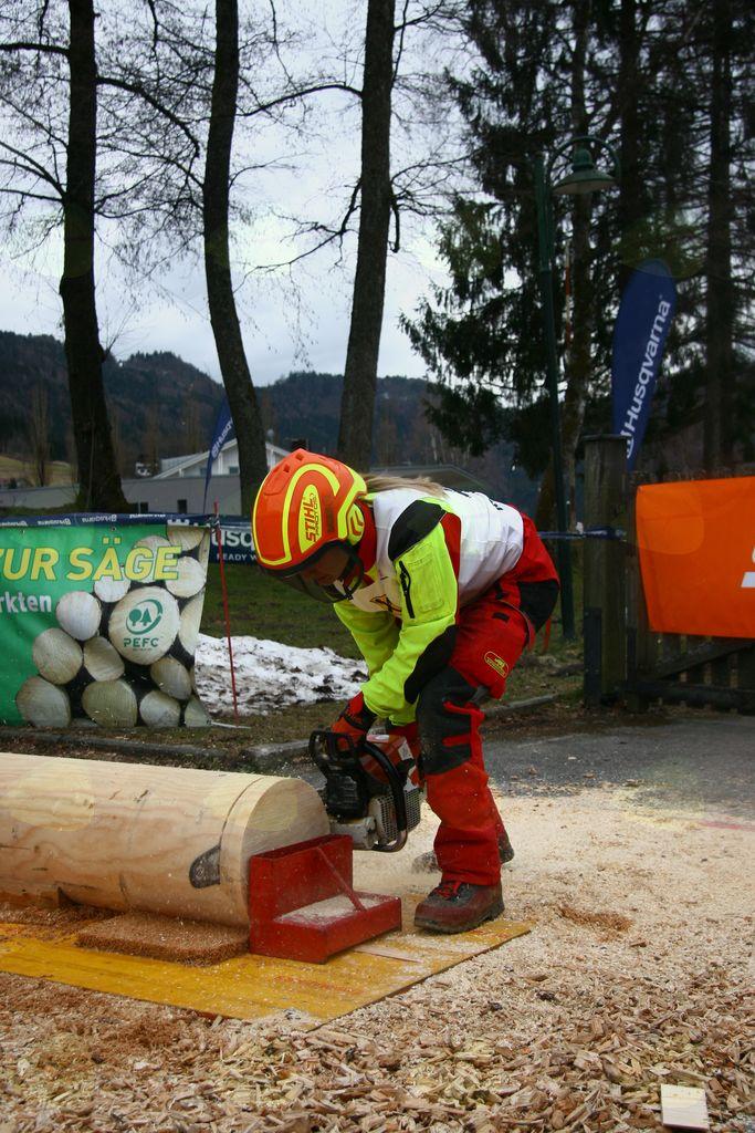 2. mesto Ines Frančeškin na gozdarskem tekmovanju