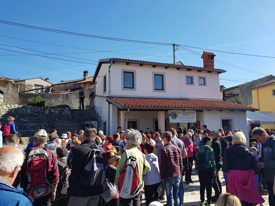 Uspešen Vaški dan radičke v Lipi