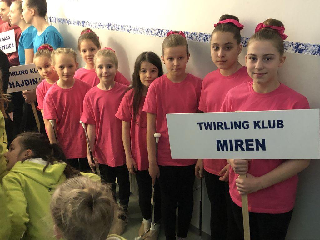 Odličen Twirling klub Miren