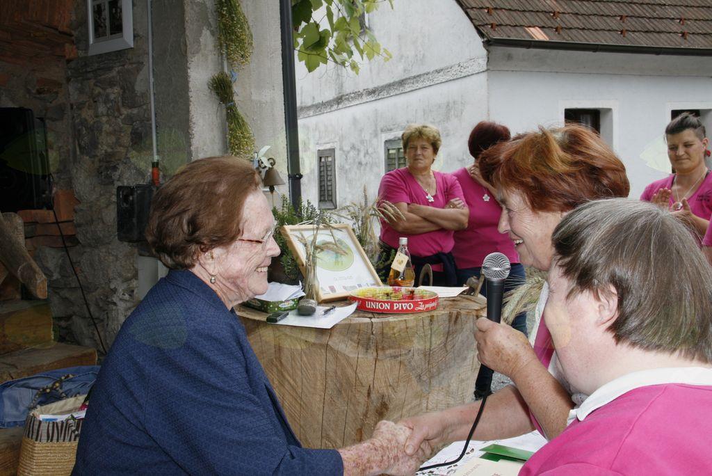 Društvu podeželskih žena samo še deset let do Abrahama