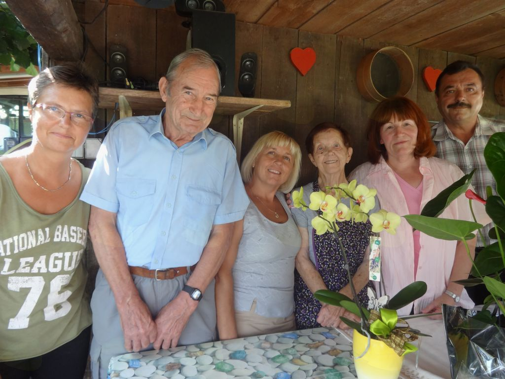 90 let Marije Bezget