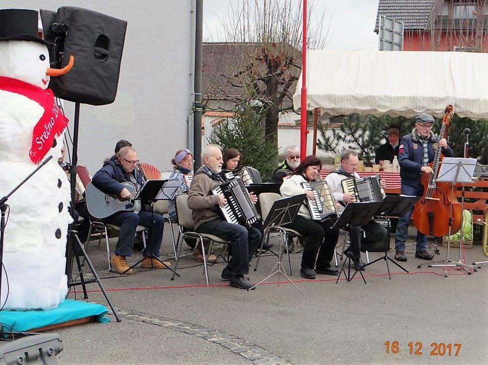 Harmonikarski orkester KD Mihaelov sejem