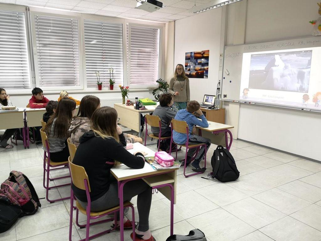Delavnice medijske pismenosti in lažnih novic po koroških osnovnih šolah