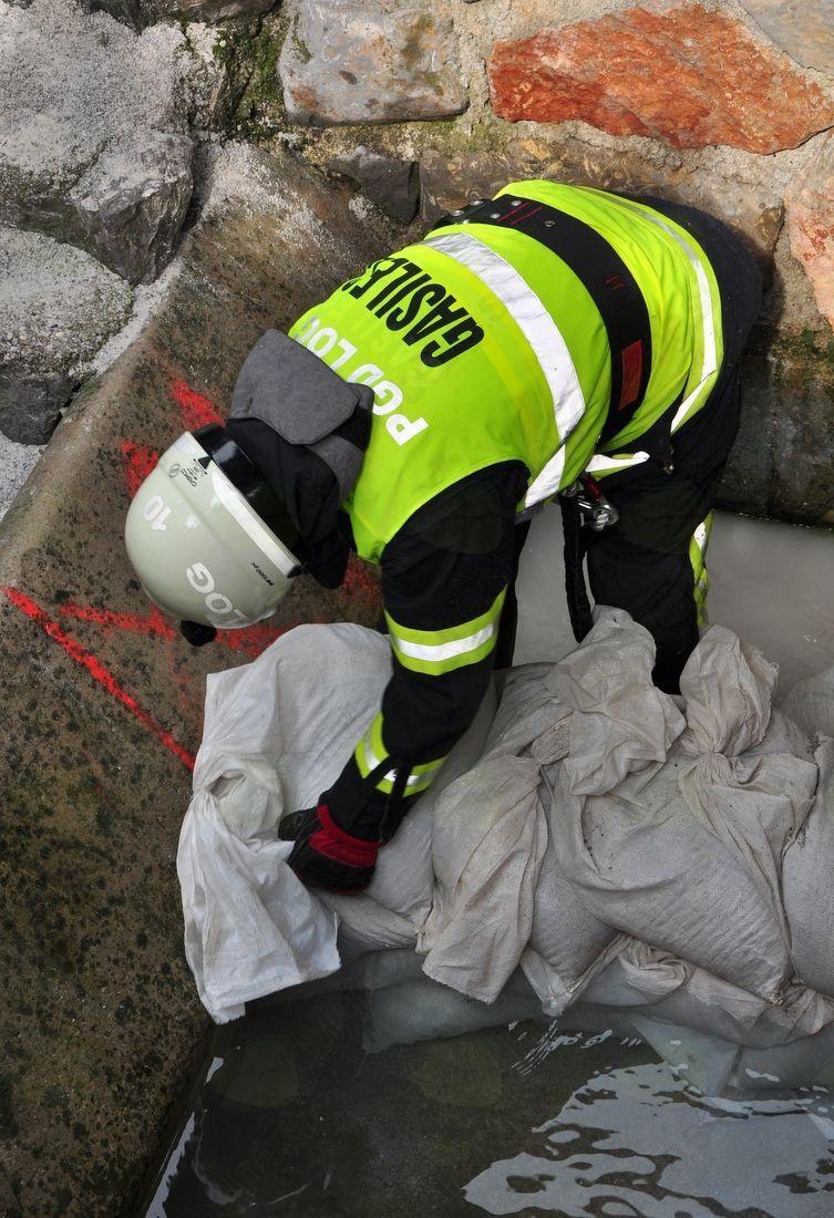 Protipoplavne vreče – zaščita pred vodnim vdorom