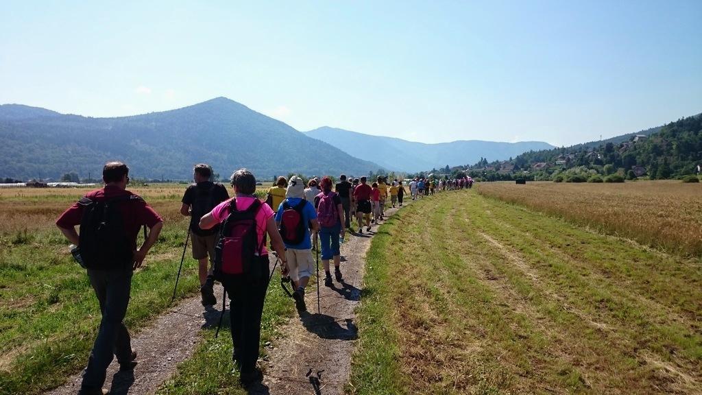 Drugi pohod po poti spominov na leto 1991 na Vrhniki – memorial Toneta Jesenka.