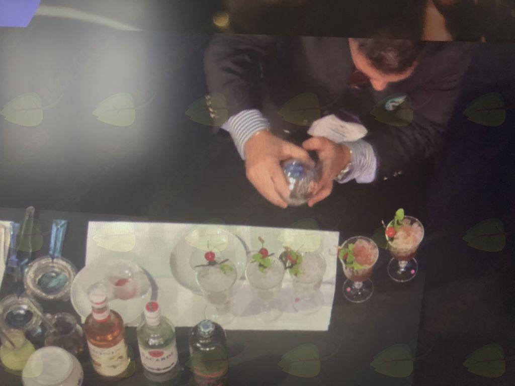 Tomaž - priprava koktajla