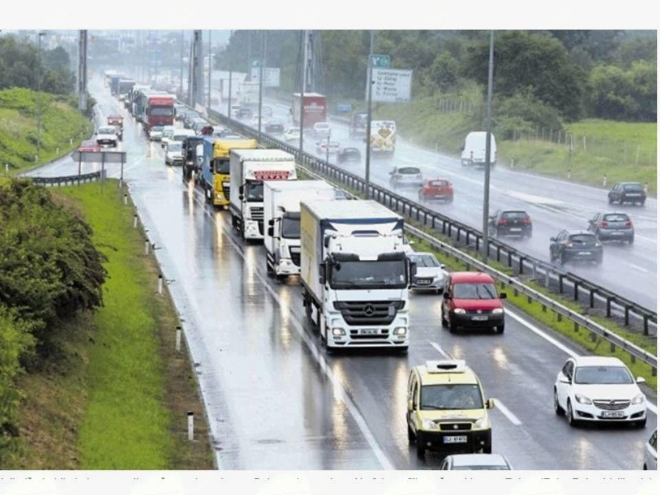 Predavanje o krožnih križiščih ter vožnji po avtocesti in hitri cesti