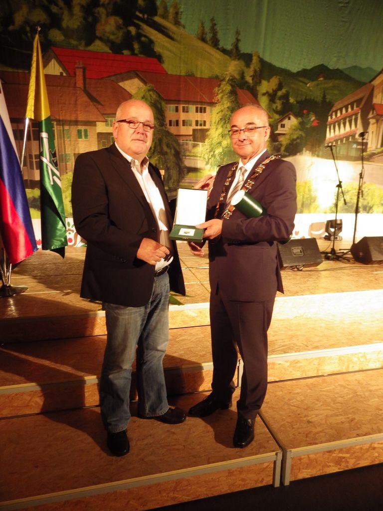 Vlado Mohar, prejemnik priznanja Listina občine Loški Potok z županom
