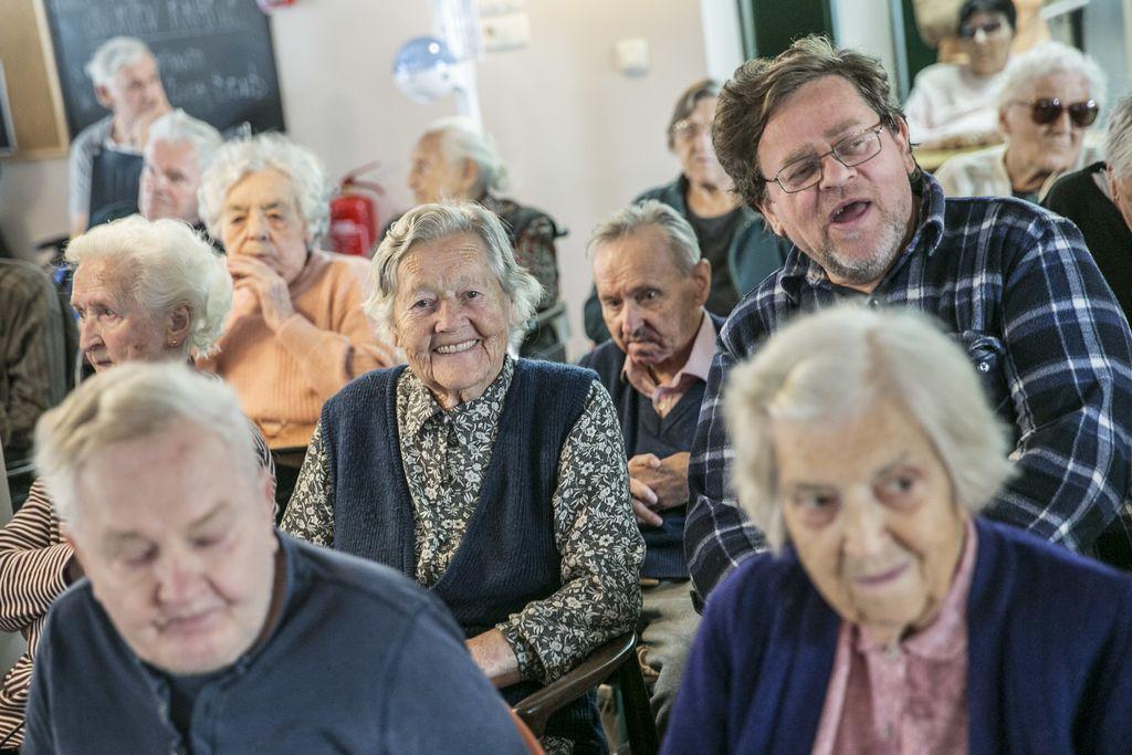 Ganljiv film o življenjskem svetu človeka z demenco, ki je nastal v Domu Petra Uzarja Tržič in ga v Sloveniji še ni.