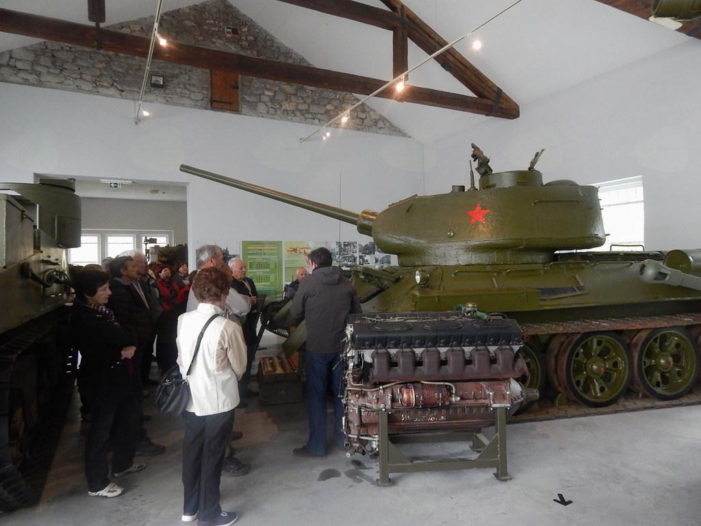 Ogled Parka vojaške zgodovine v Pivki
