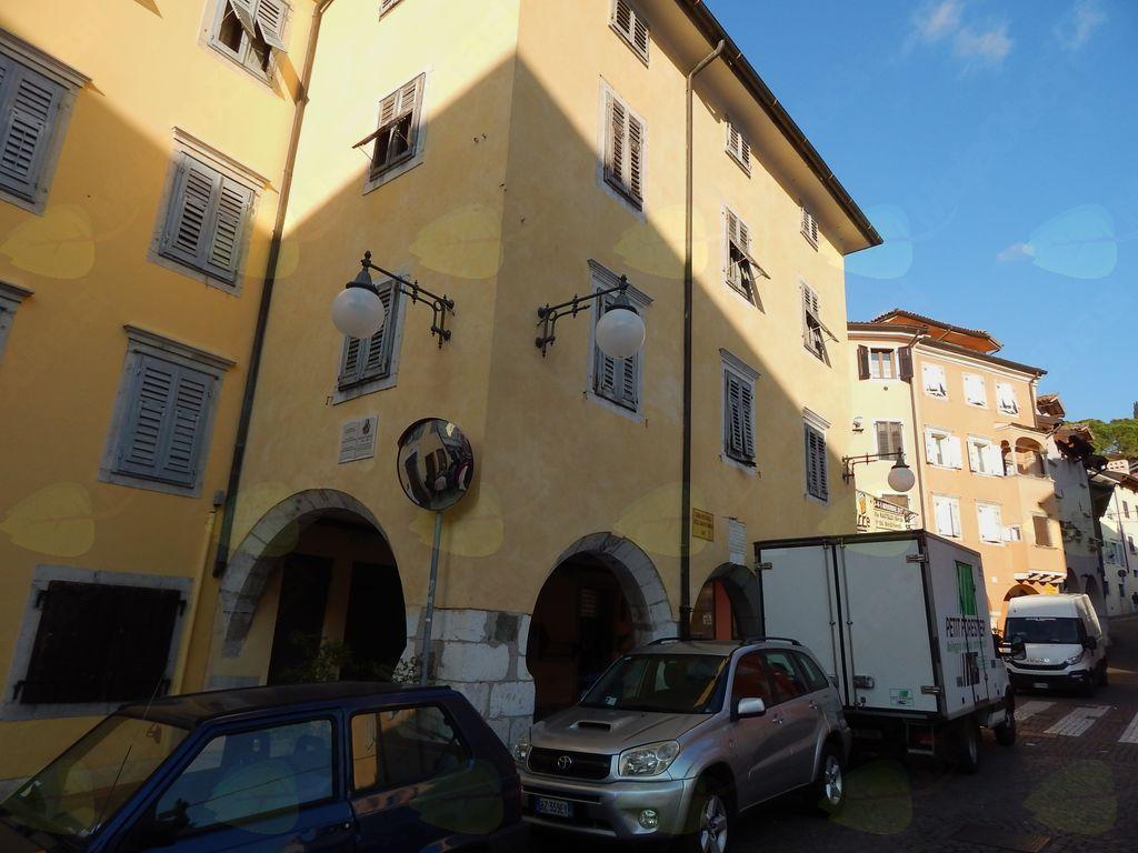Stavba, kjer je predaval Primož Trubar