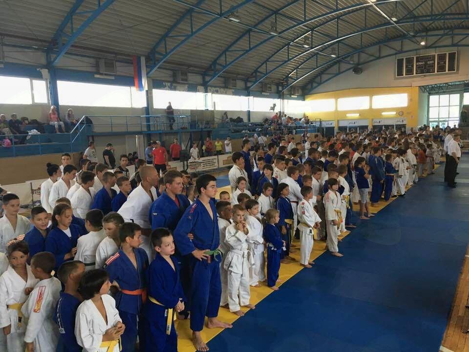 Komendčana z Mednarodnega judo turnirja v Bosni prinesli tri kolajne