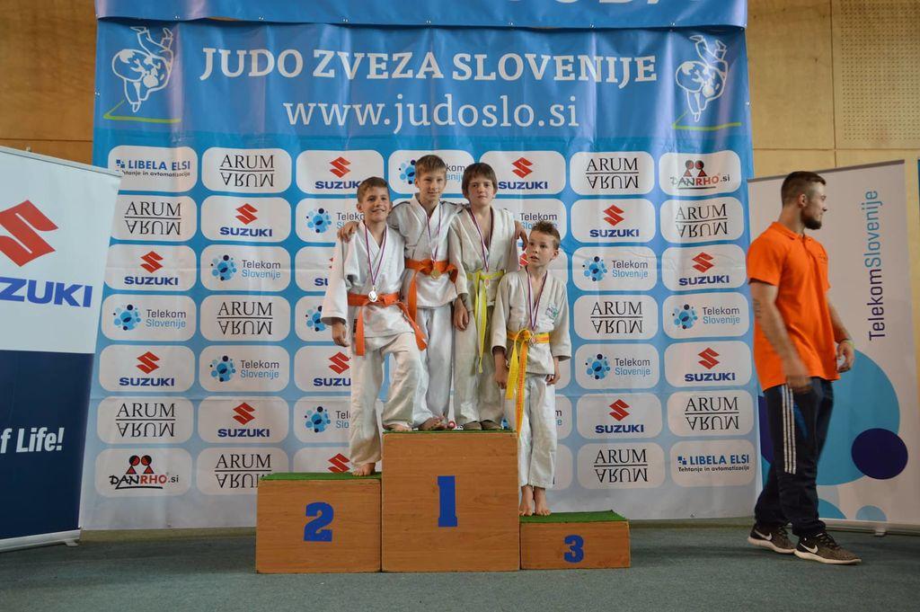 Judo klub Komenda ima dva nova državna prvaka in skupno 10 kolajn na Državnem prvenstvu U12