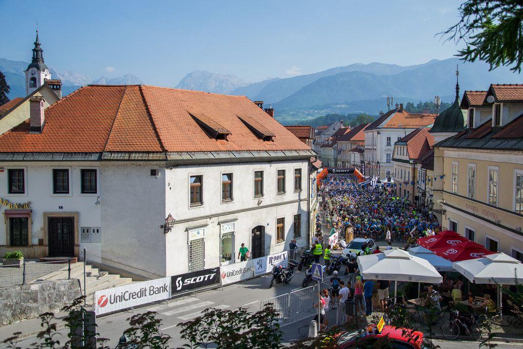 11. Maraton Alpe Scott