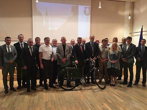 Podpis dogovora o gorenjskem kolesarskemu omrežju
