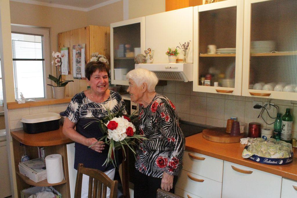 Občanka Anica Bravhar praznuje 90 let