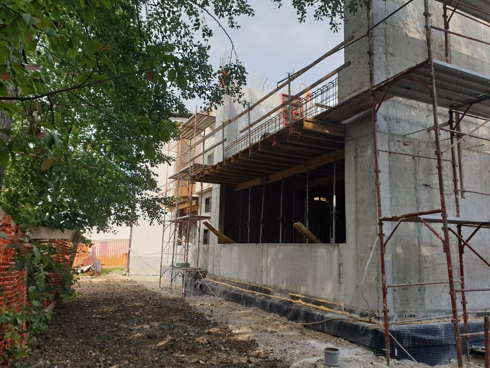 Gradnja prizidka OŠ Brezovica in sanacija starega dela šole