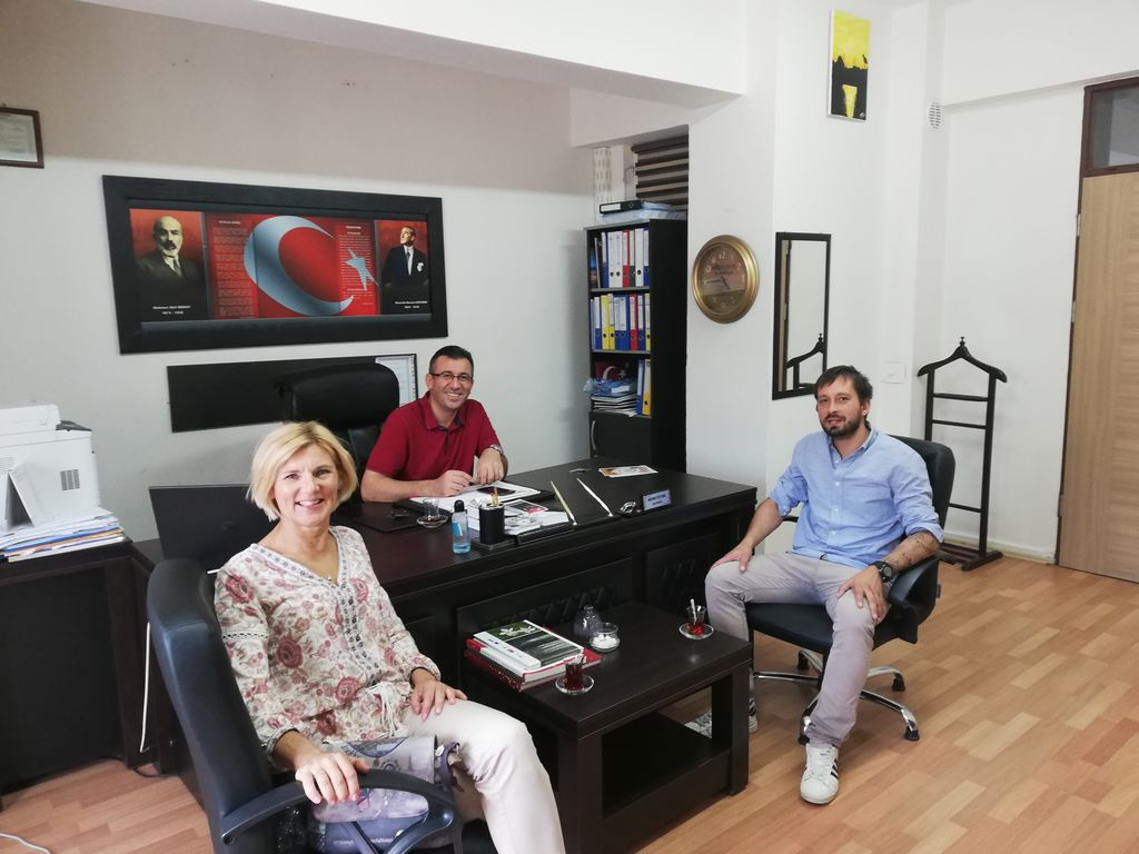 Križevska učitelja iskala zdrav duh v zdravem telesu na turški šoli