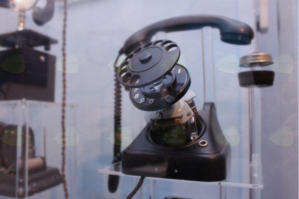 Voden ogled Muzeja pošte in telekomunikacij za seniorje