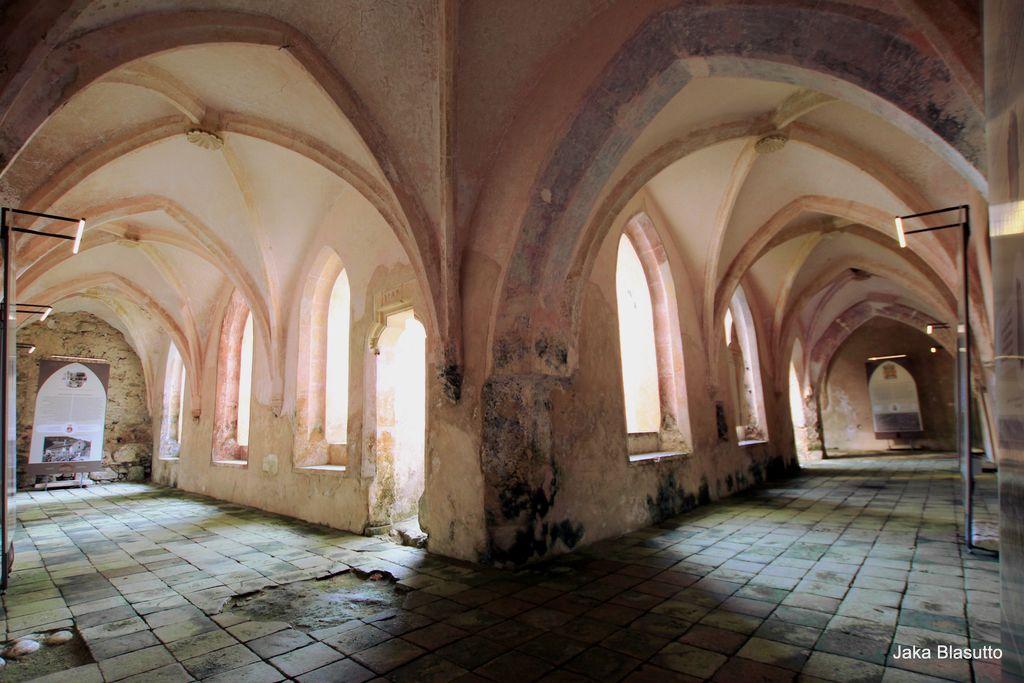 Sprehod po zgodovini in umetnosti samostana Bistra