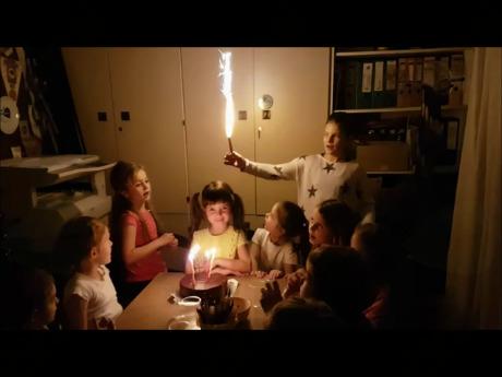 Moj mali praznuje rojstni dan...