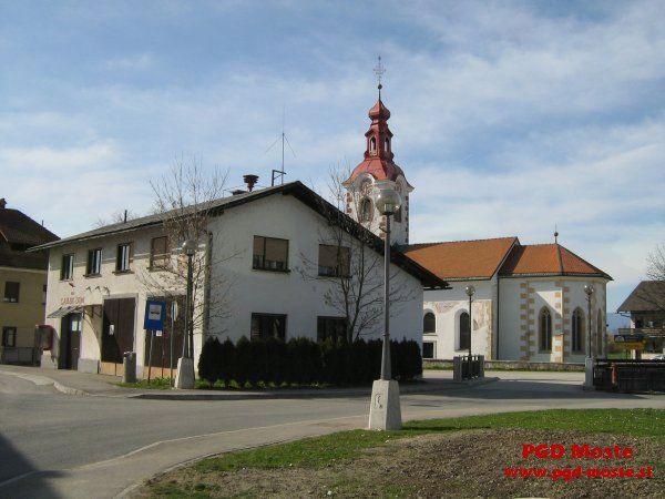 Javna objava o prodaji starega gasilskega doma PGD Moste