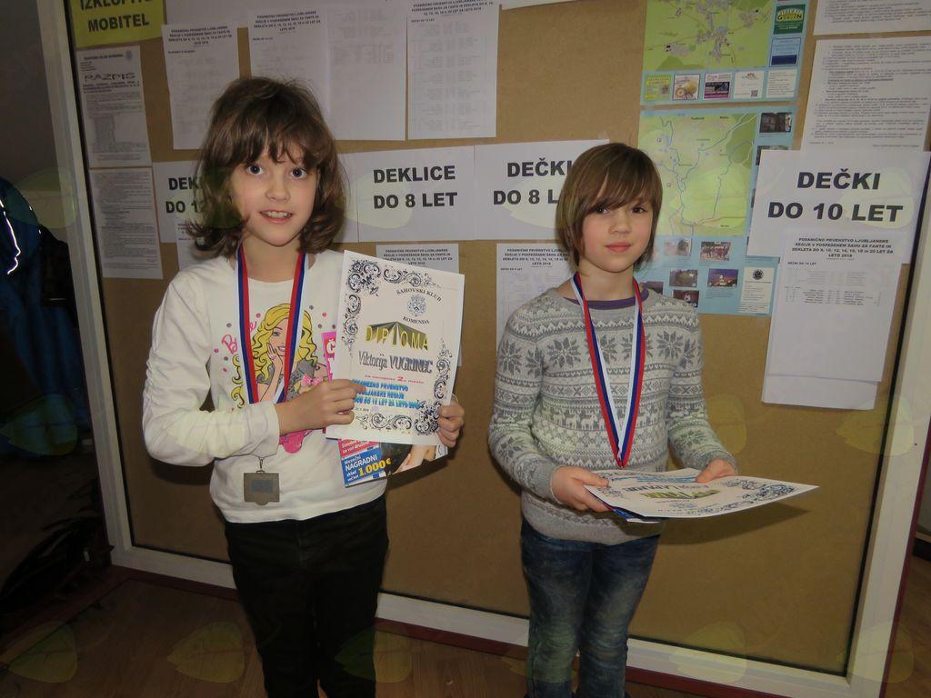 zmagovalke do 10 let Viktorija Vugrinec Aneja Lapanje