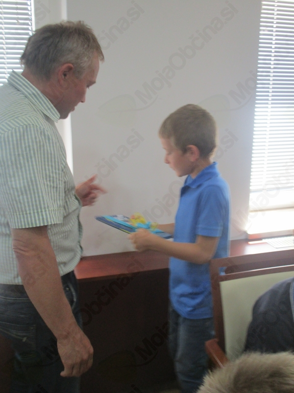 PODELITEV PRIZNANJ NAJBOLJŠIM UČENCEM V KRIŽEVCIH PRI LJUTOMERU