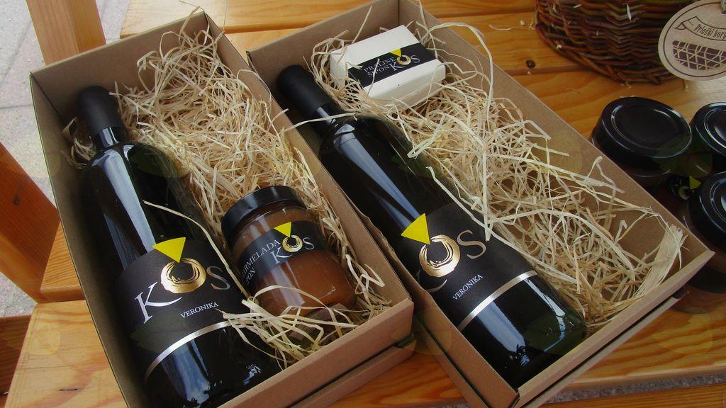 vina Kos, praline in domača marmelada