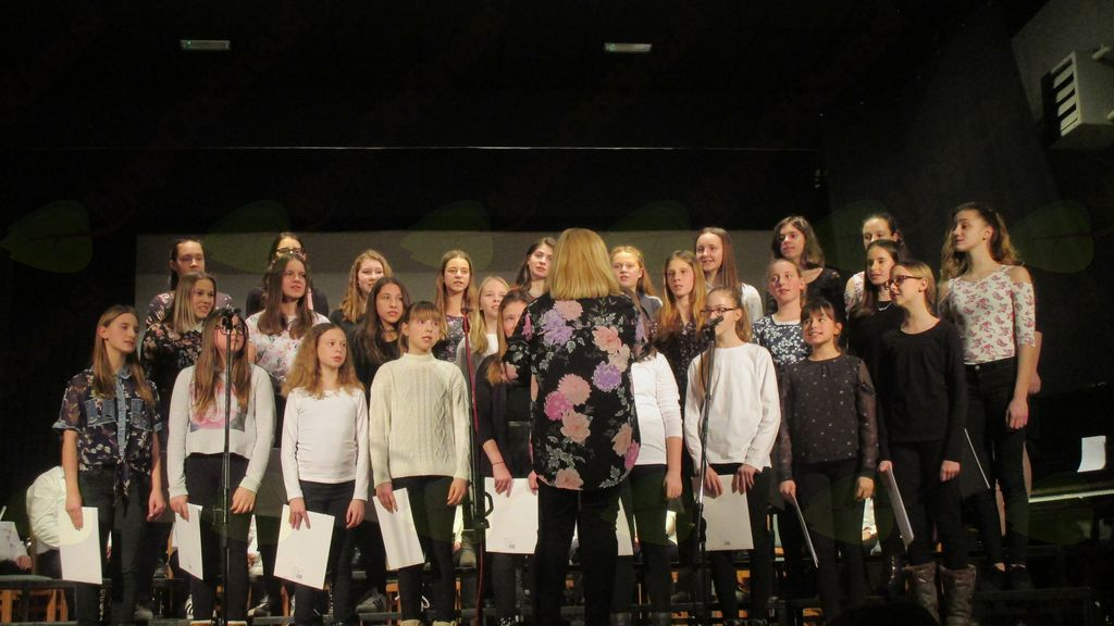 mladinski pevski zbor OŠ Križevci pri Ljutomeru