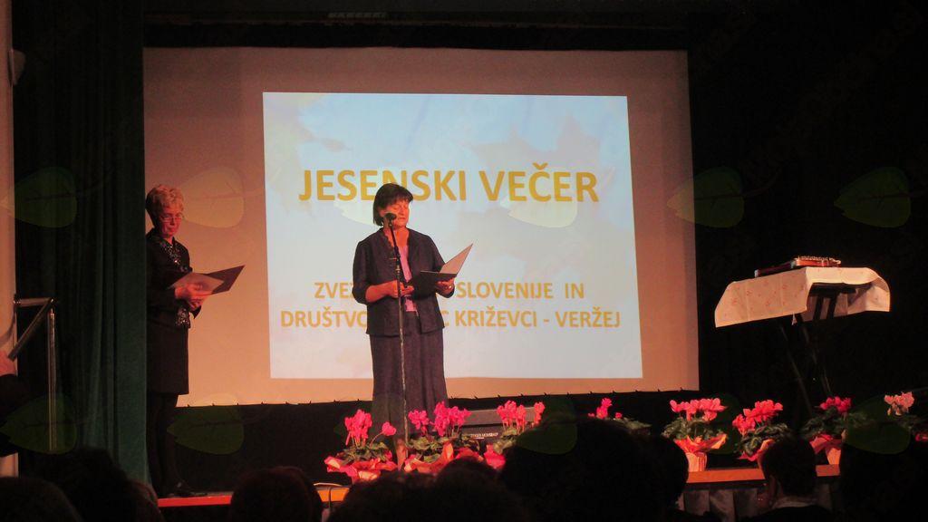 JESENSKI VEČER V KRIŽEVCIH PRI LJUTOMERU POTEKAL V ZNAMENJU LJUDSKIH PESMI