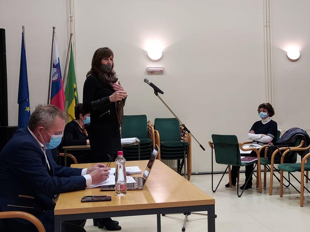 Erika Iršič Lazarević, Pošta Slovenije