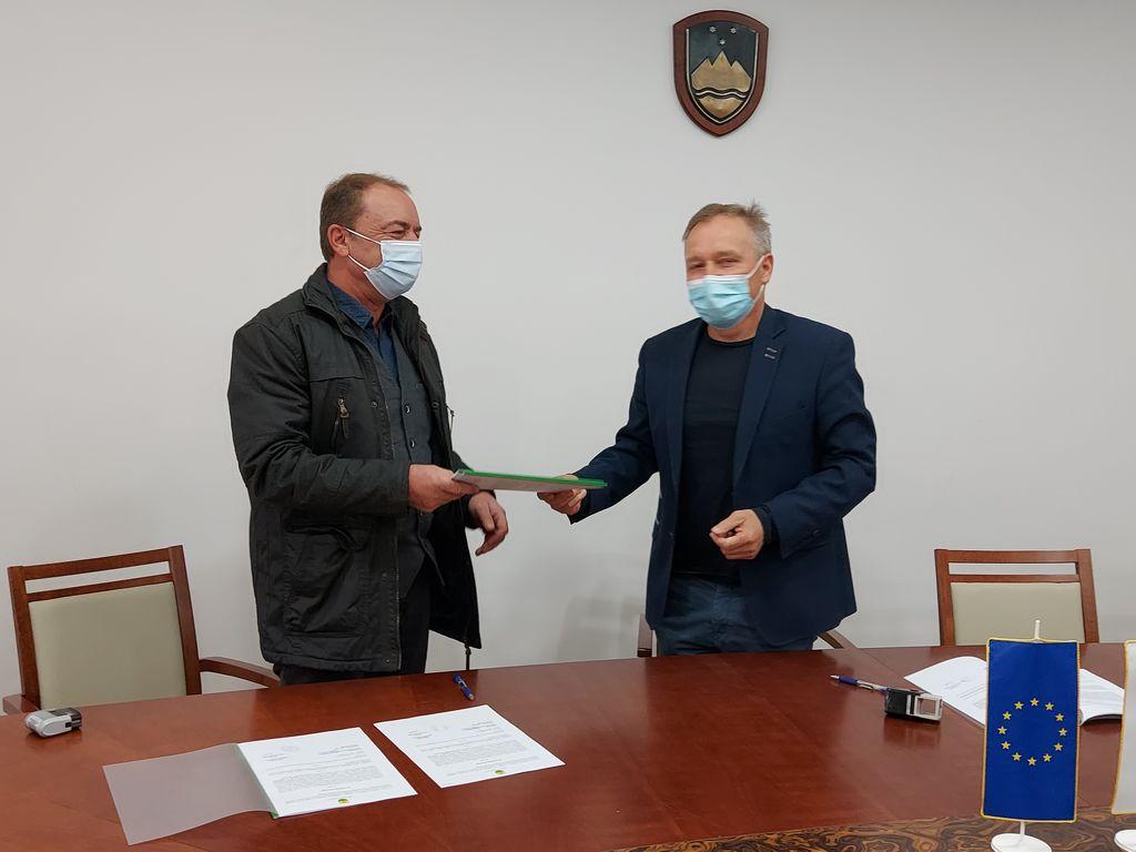Zmago Zemljak, direktor AGM d.o.o. in mag. Branko Belec, župan Občine Križevci