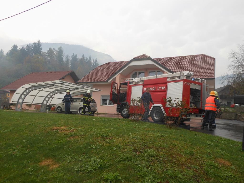 Vaja in kostanjev piknik gasilcev PGD Loka