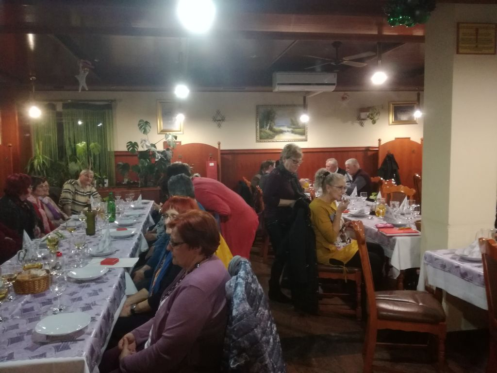 Na seji Območnega združenja RKS Ljutomer podelili priznanja prostovoljcem