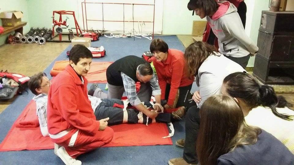 Učenje prve pomoči naših občanov.