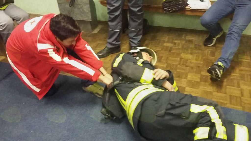 Sodelovanje z gasilci.