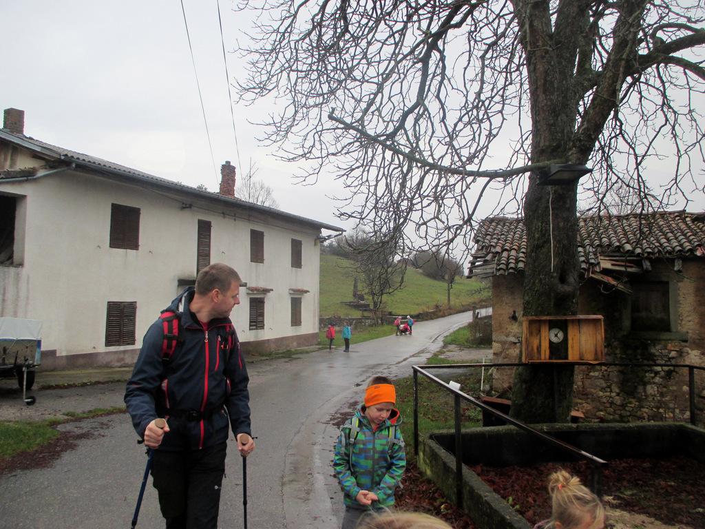 FOTOREPORTAŽA : Mladinski odsek PD Podpeč Preserje na Slavniku  26. 11.2016