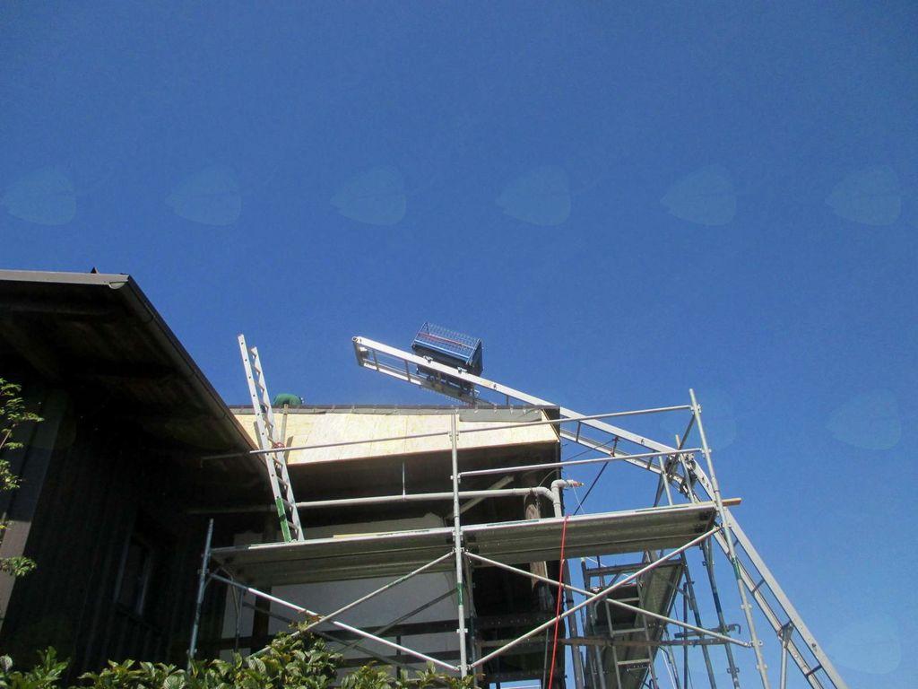 FOTOREPORTAŽA: Dom na Krimu z novo streho