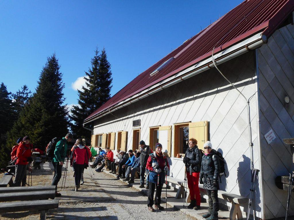 FOTOREPORTAŽA : PD na Blegošu in pohodu v neznano  6. 1. 2019