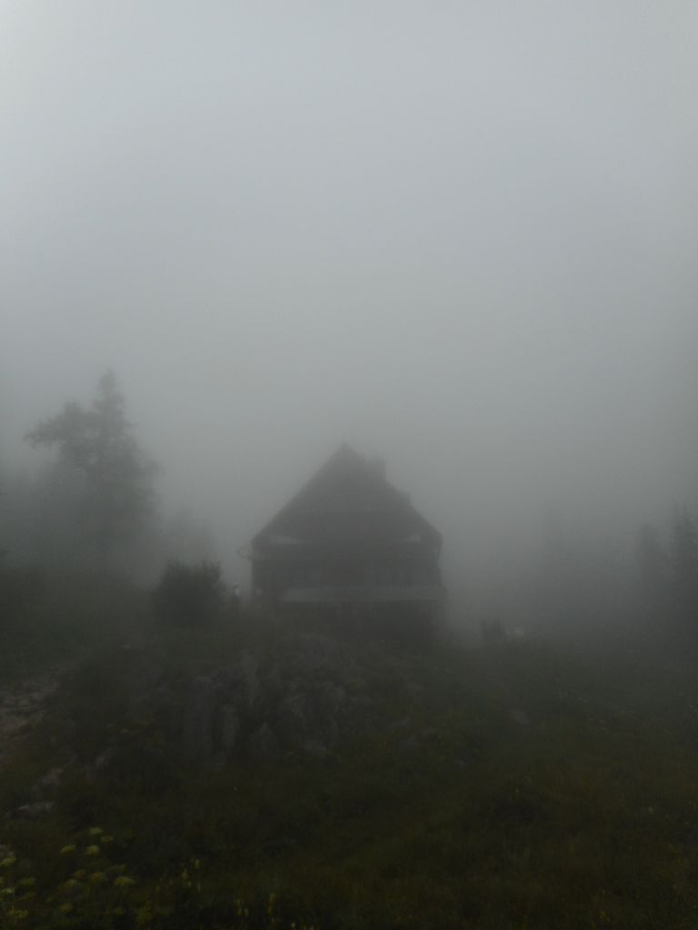 FOTOREPORTAŽA : PD na Sedmerih jezerih in Mali Tičarici 11.8.2019