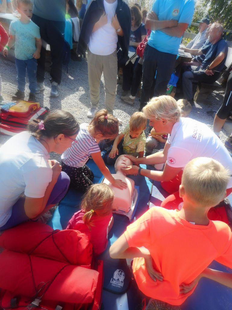 Utrinki z 39. tradicionalnega družinskega pohoda na Krim, 15.9.2019