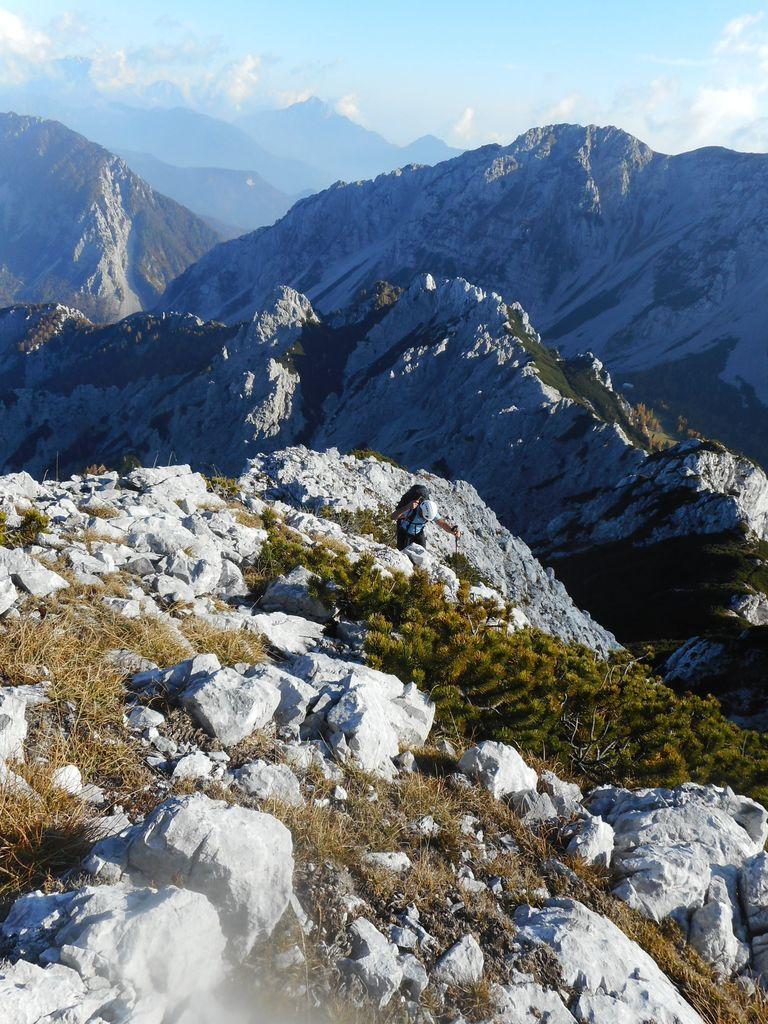 Planinski pohod na kamnite stolpe nad Zelenico (Na Možeh)