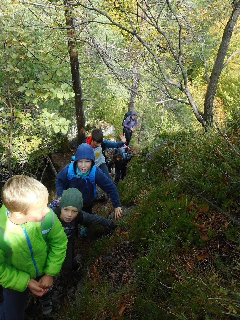Mladi planinci PD Podpeč Preserje na Kopitniku