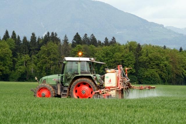 Pregledovanje naprav za nanos fitofarmacevtskih sredstev - Testiranje Škropilnic